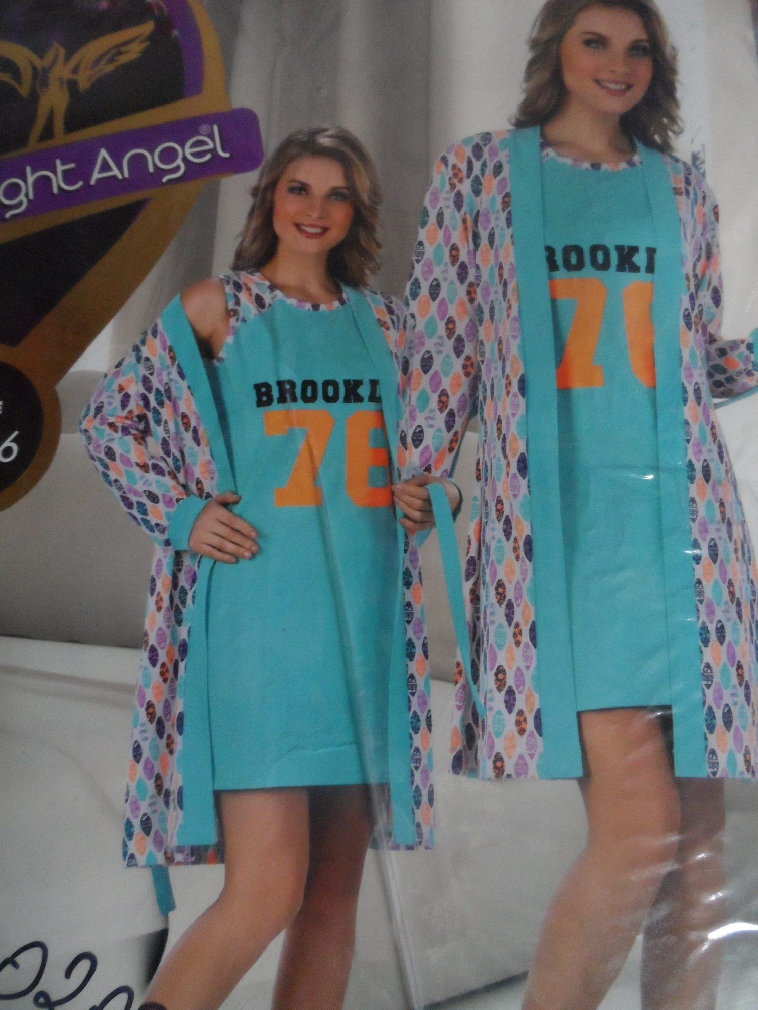 Комплект халат з нічною сорочкою